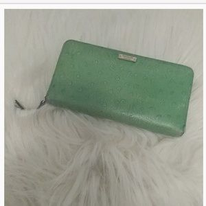 Kate spade vintage zip around wallet